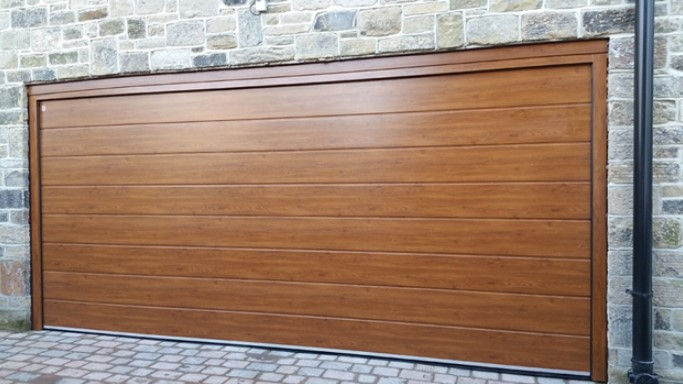 What are the Advantages of Having a Garage Door Screen